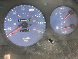 Licznik prędkości oraz poziomu paliwa